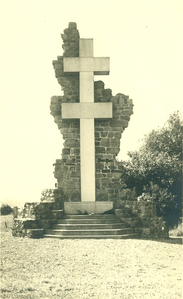 Cérémonie au Monument de Saint Clair à Donnay